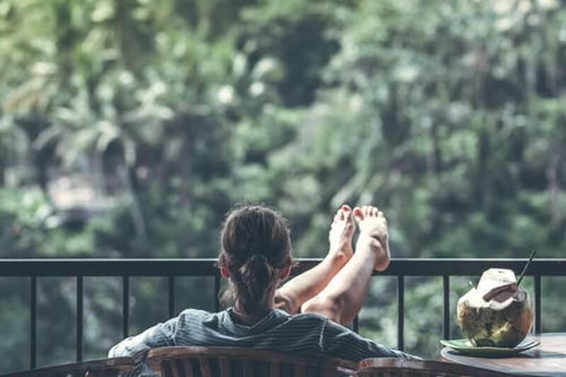 girl-relax