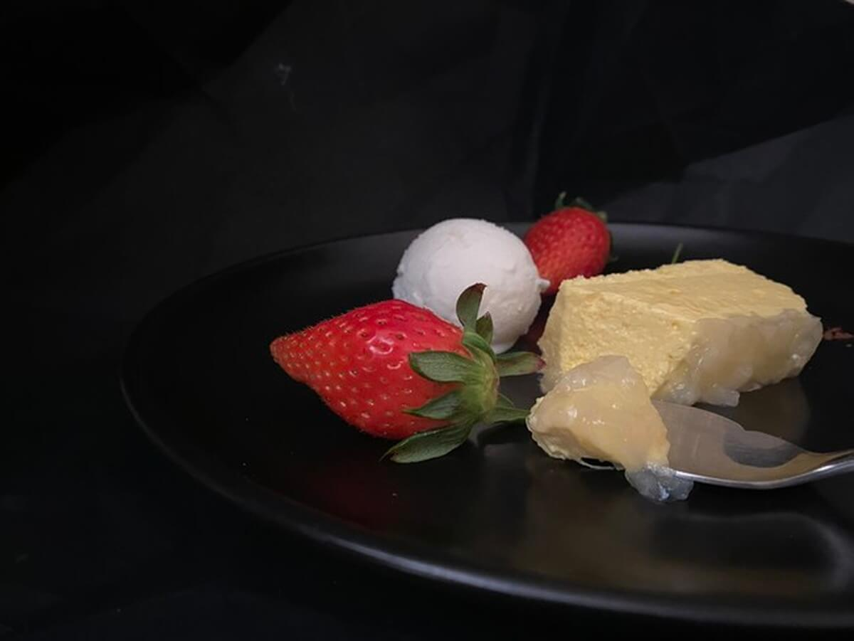 queen's-cheesecake-image-1